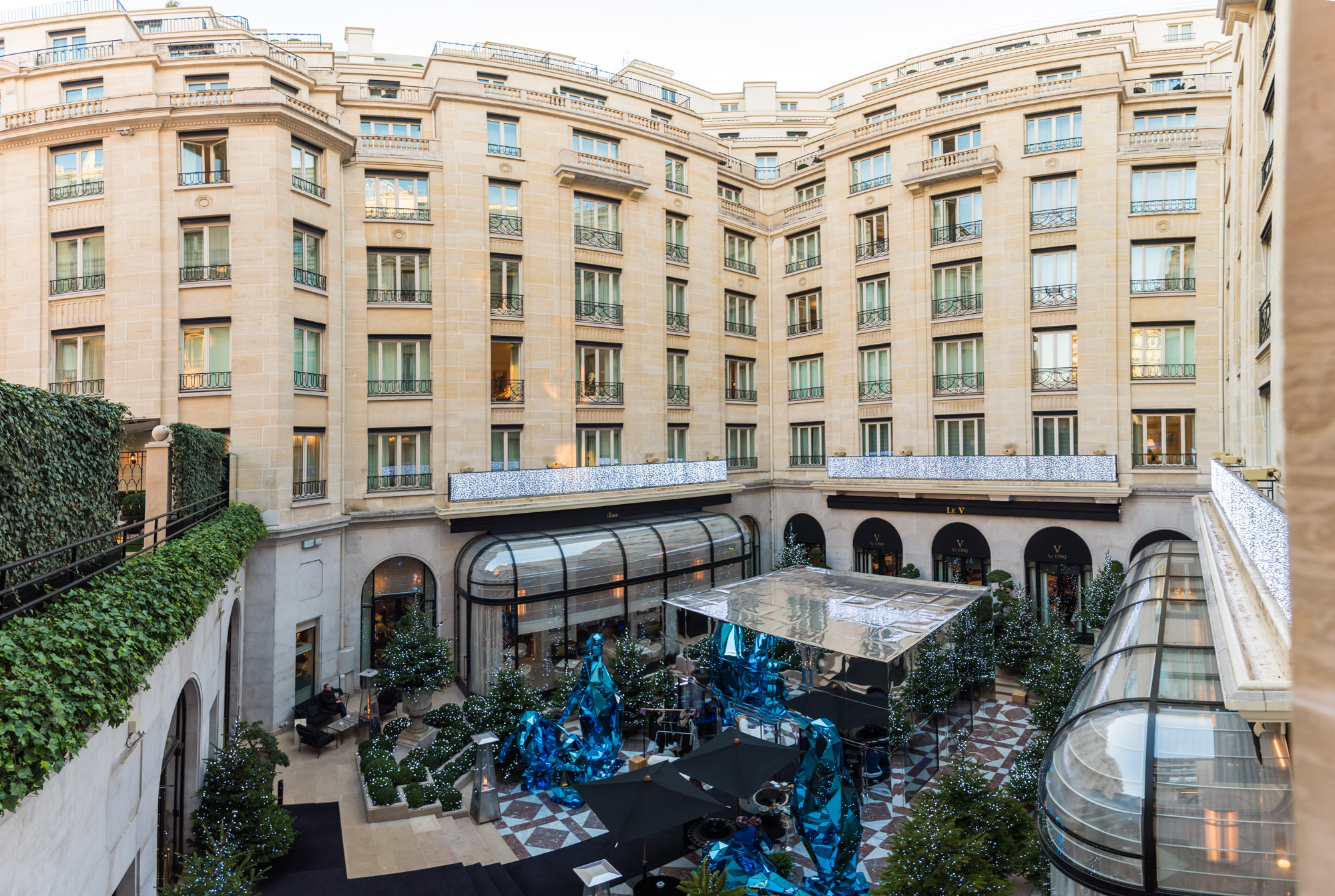 Paris Visiting Four Seasons George V Hotel Jeff On The