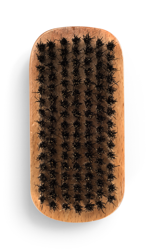 jeffontheroad-gift-ideas-grooming-beard-brush