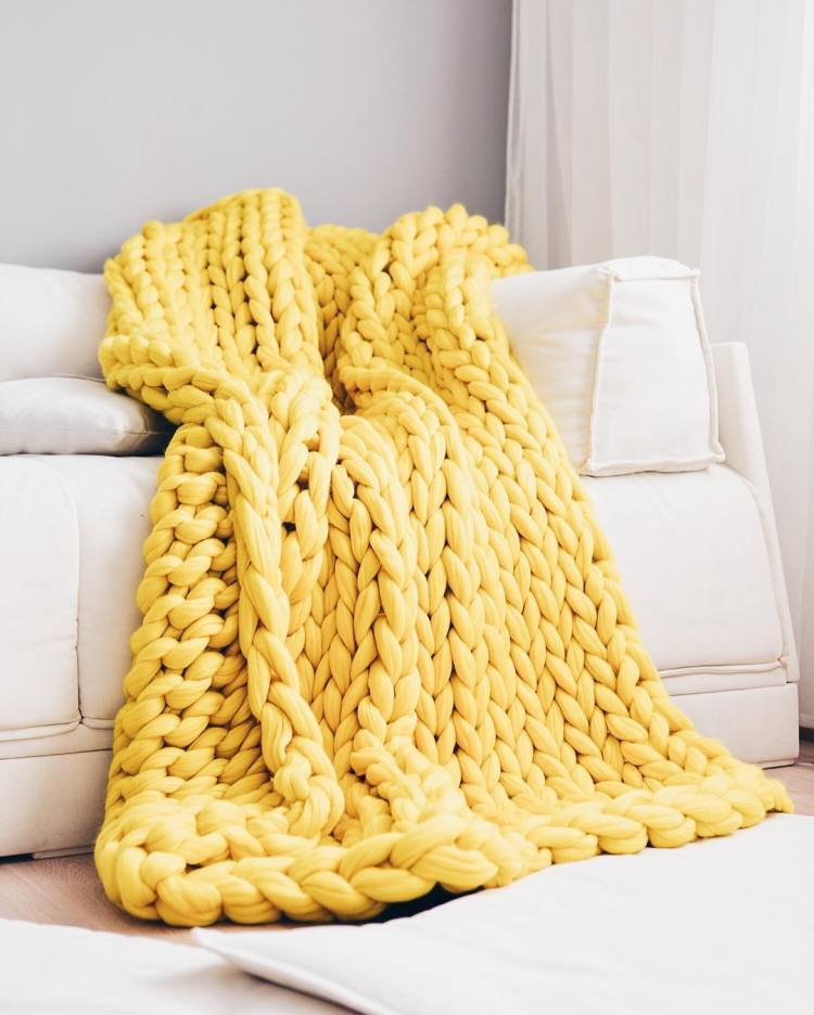 jeffontheroad-gift-ideas-home-chunky-knit-blanket