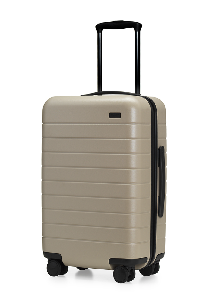 jeffontheroad-gift-ideas-travelers-away-travel-carry-on-luggage